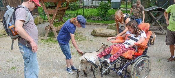 Wir unterstützen Menschen mit Behinderung.